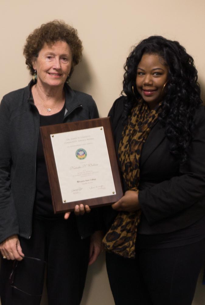 Prairie State College Graduate Wins Community Service Award, Oct. 23, 2014